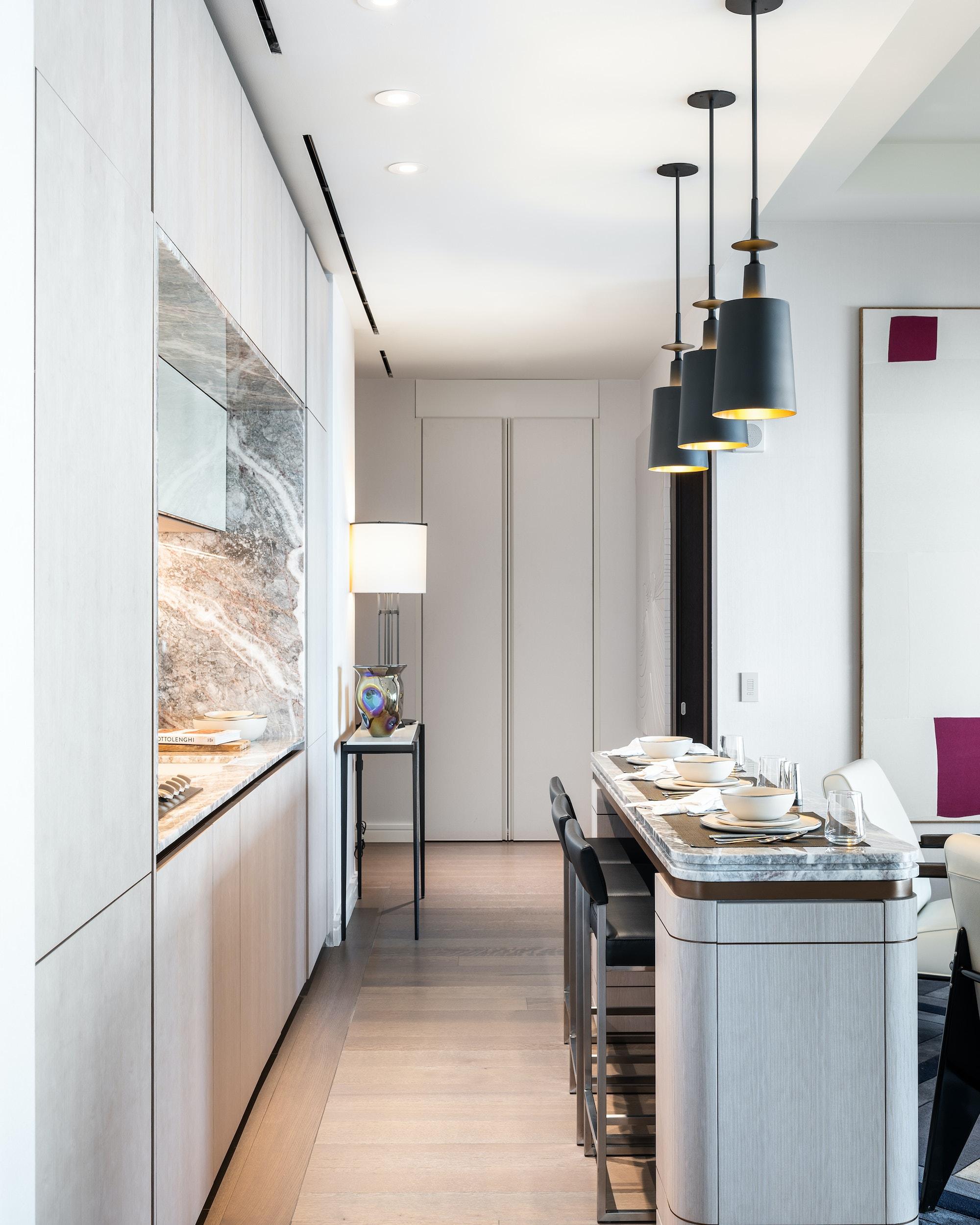 125-Greenwich-Vinoly-sales-suite-kitchen