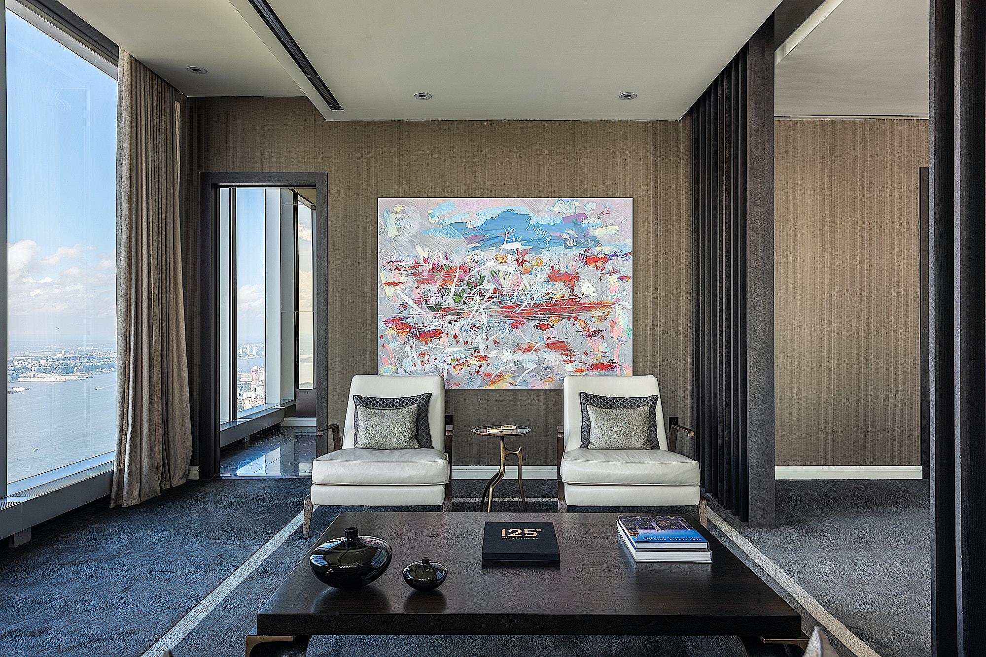 125-Greenwich-Vinoly-sales-suite-lounge