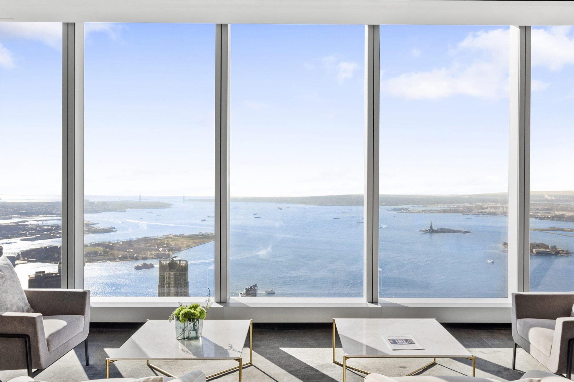 125-Greenwich-Vinoly-sales-suite-view