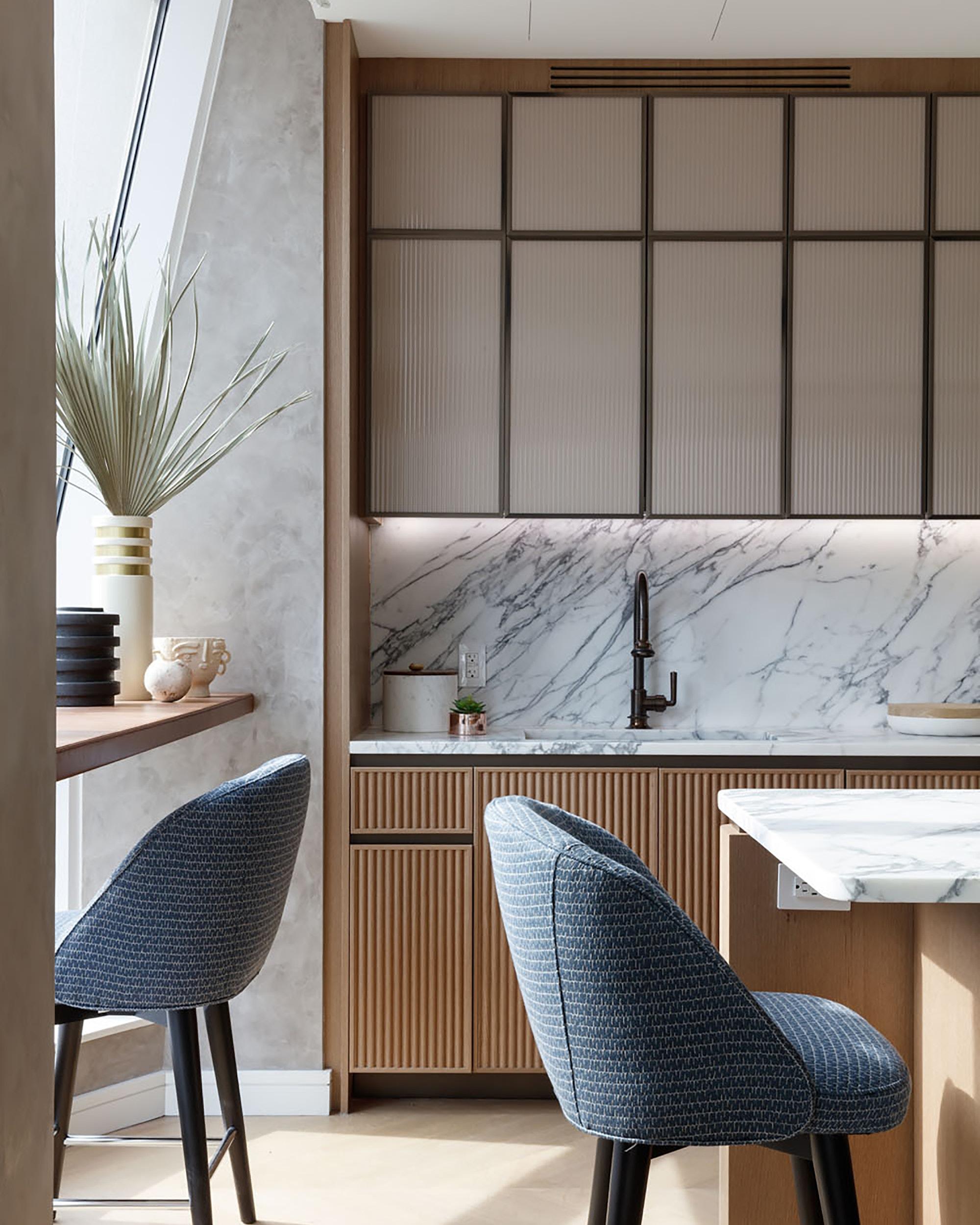 Related-Lantern-House-interior-bar