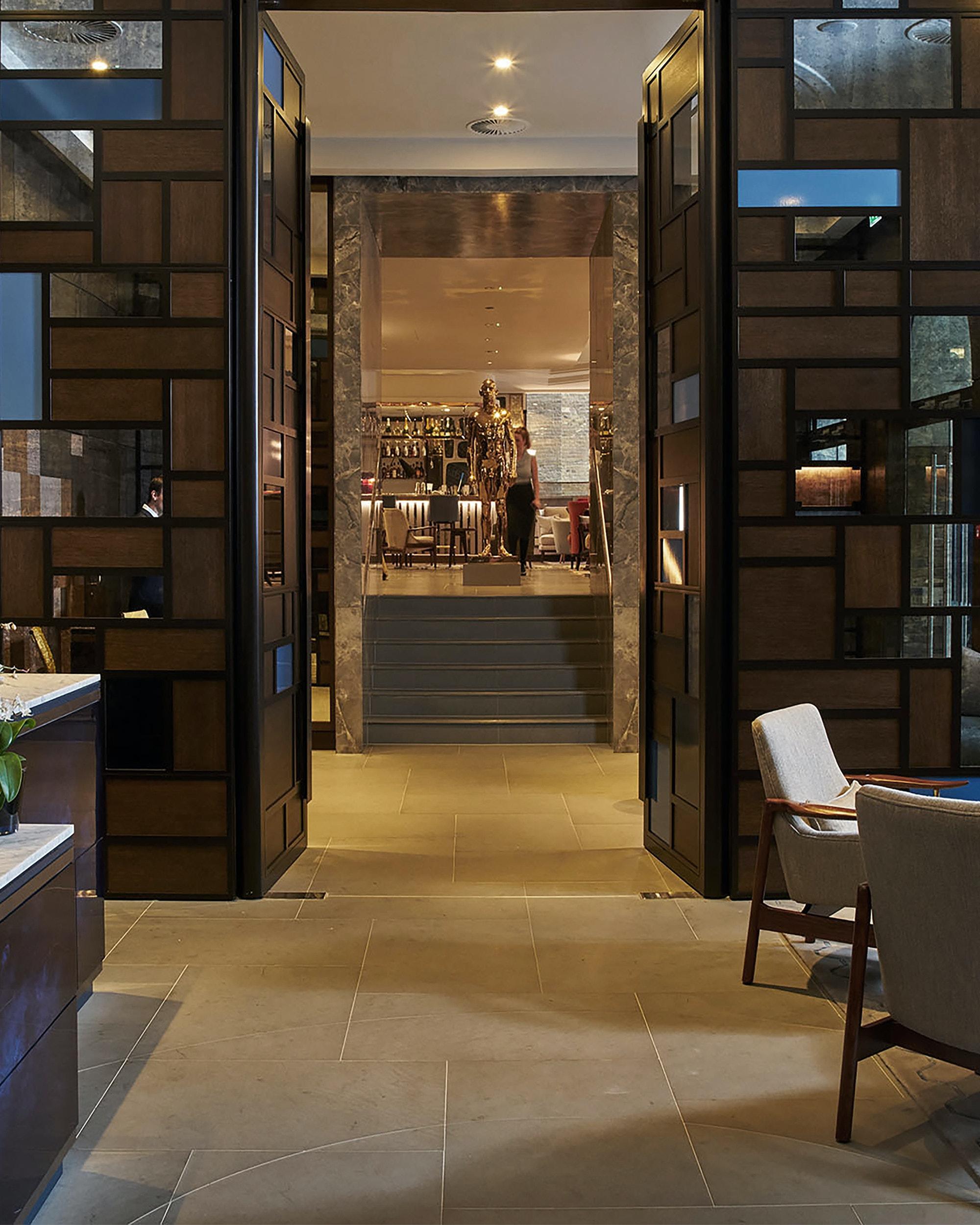Devonshire-Club-hospitality-interior-design-entry