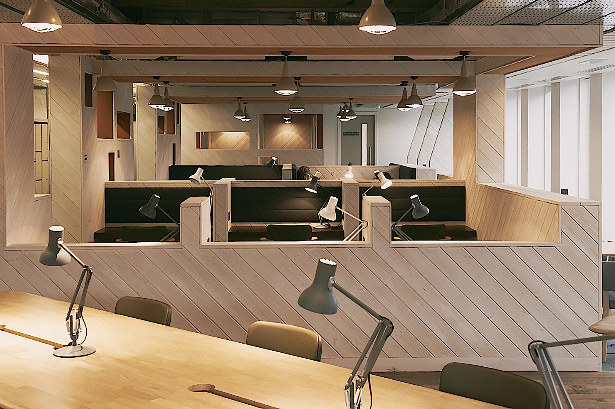 tog-euston-march-white-coworking-design