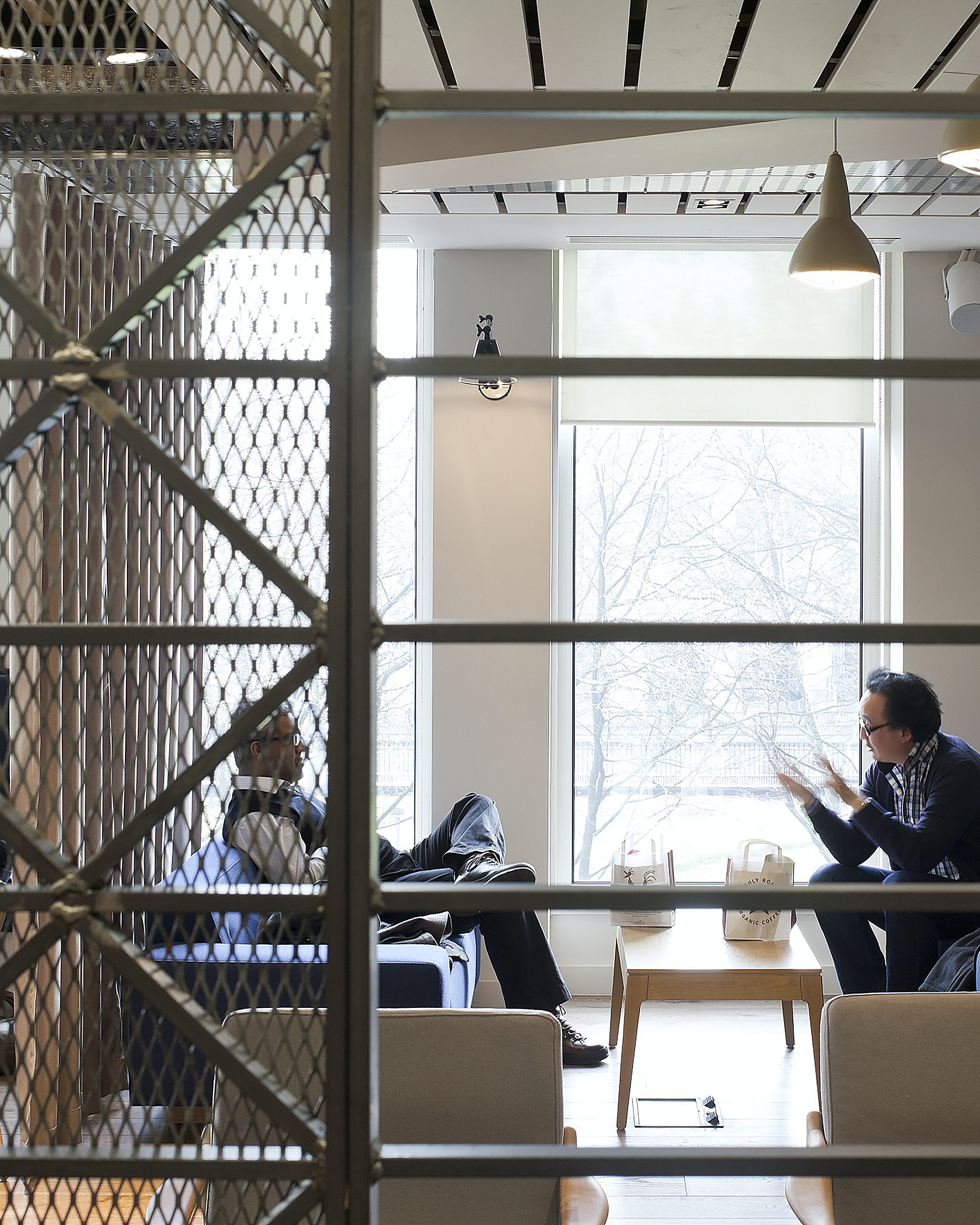 tog-euston-march-white-coworking-office