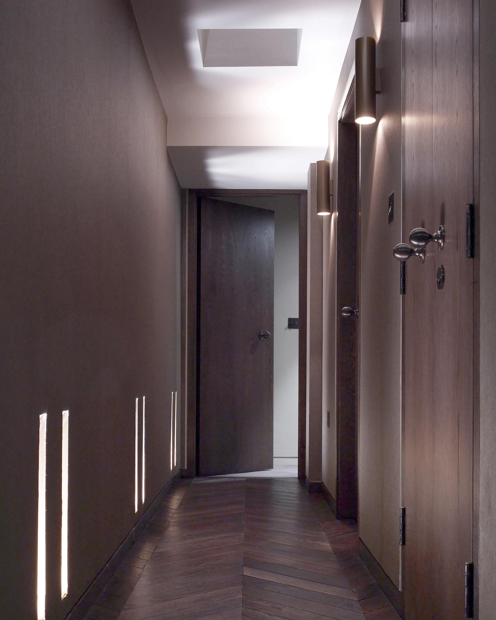 sloane-street-mawd-residential-design-hallway